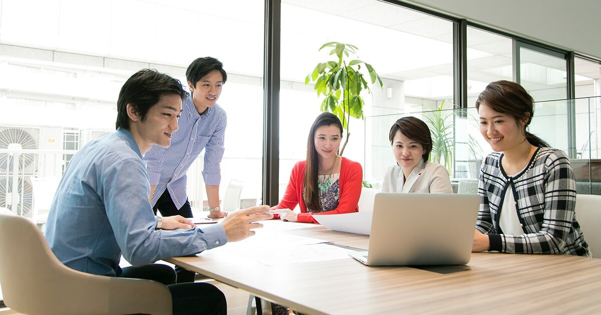 企業の利益につながる情報共有とは 効率的な情報共有と社員の生産性の高め方 | ビジネスチャットならChatwork